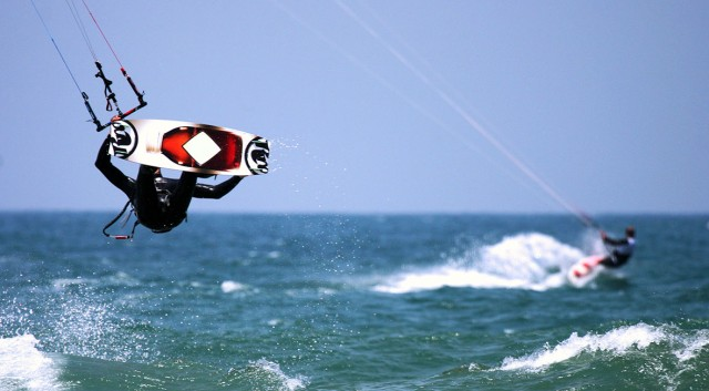 Wind / Kite Surfing